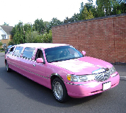 Lincoln Towncar Limos in Llanidloes